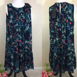 Rose & Olive NWT Floral Ruffled Sleeveless Dress